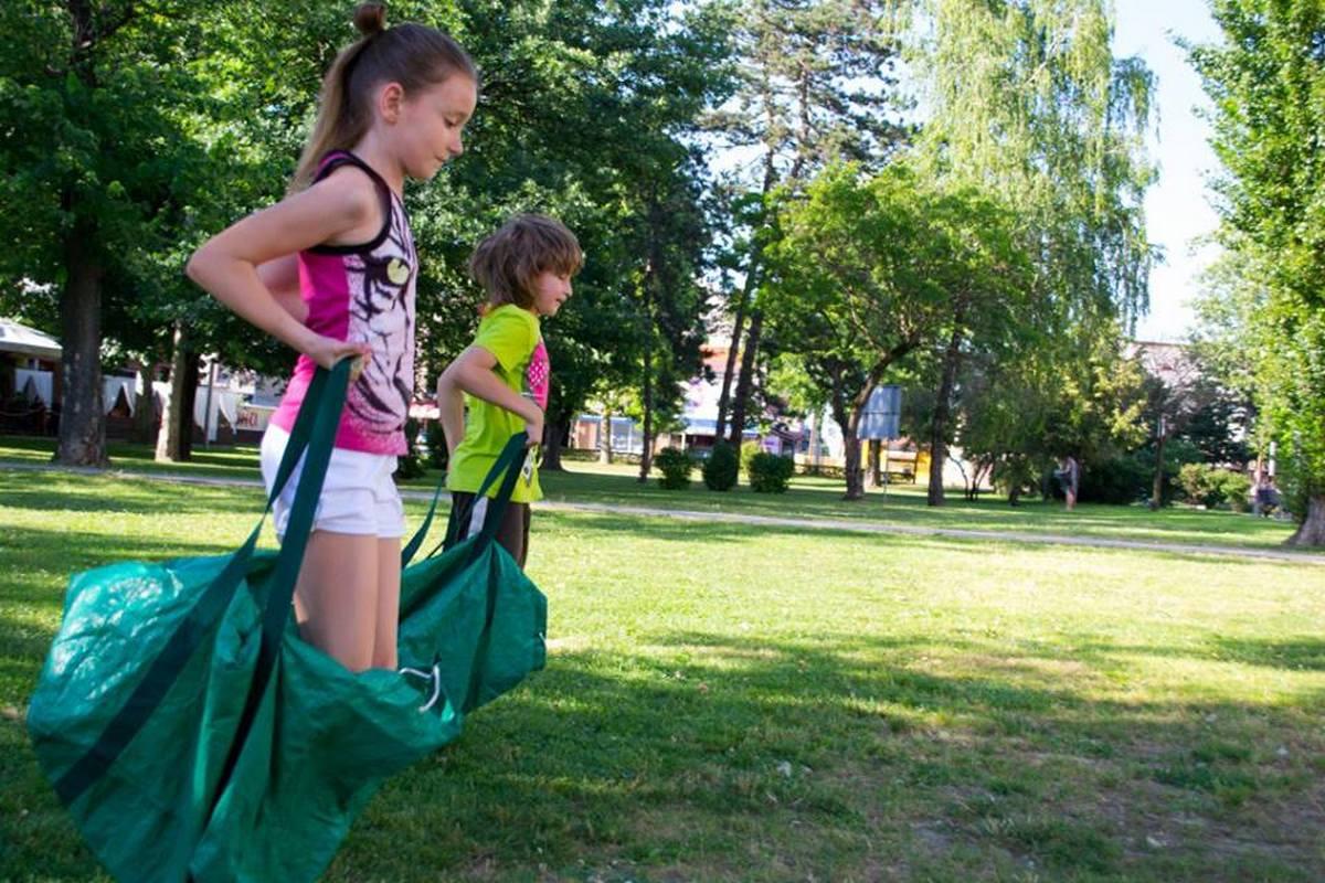 Read more about the article Zašto je igra važna za razvoj djece?