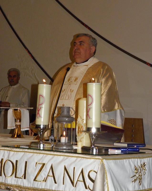 Read more about the article Betlehemsko svjetlo doneseno u osam župnih crkvi