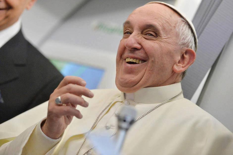 You are currently viewing 10 savjeta pape Franje za sretan život! – izviđački također!