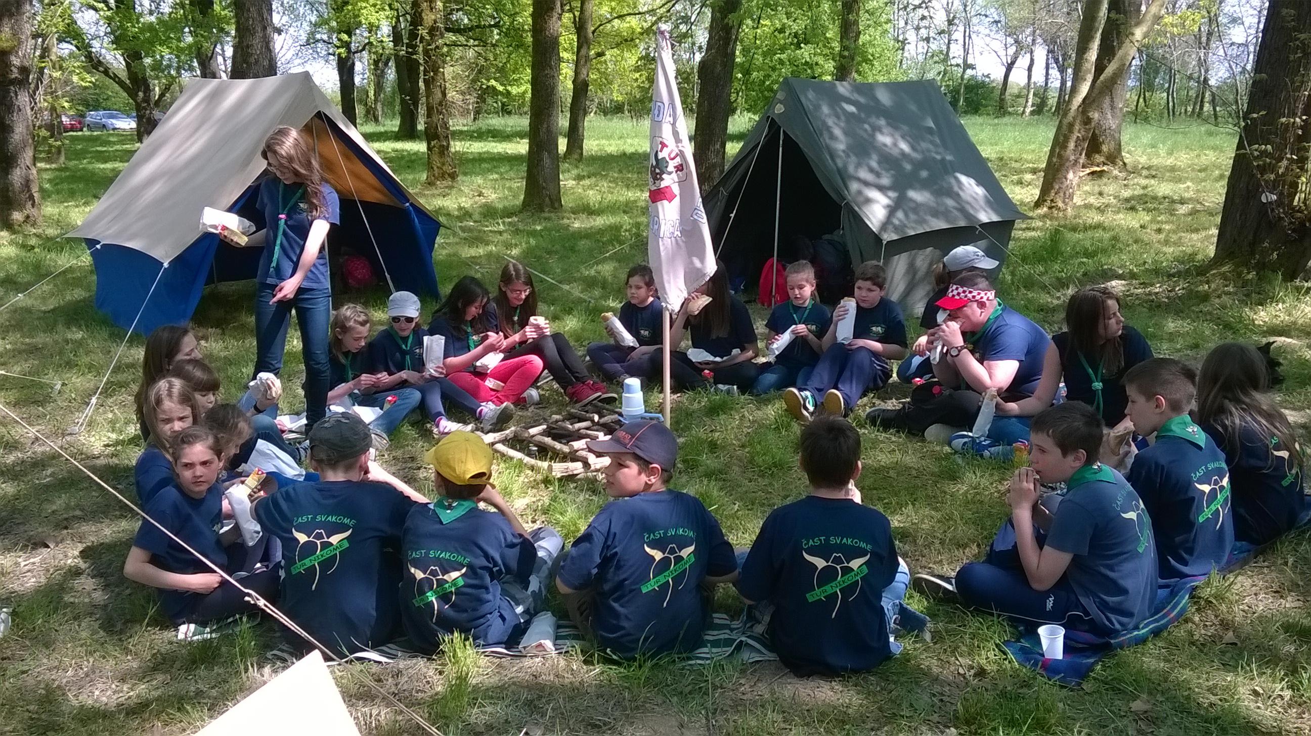 Read more about the article Logor izviđača na Jurjevo u Lukavcu
