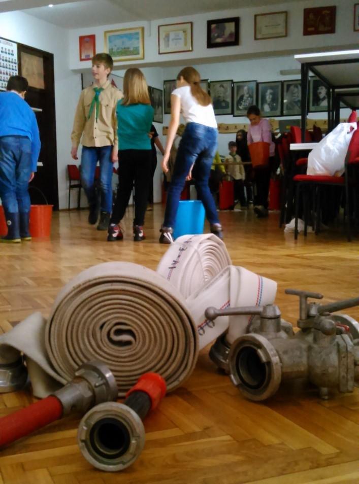 Read more about the article Vatrogasno osposobljavanje skauta