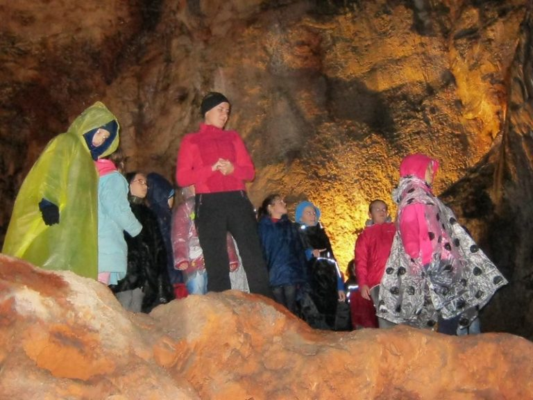 Read more about the article Očaravajući pećinski park Grabovača