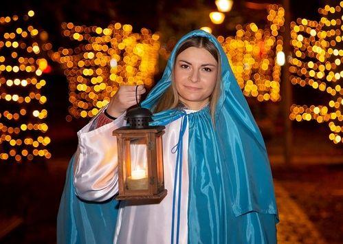 You are currently viewing Betlehemsko svjetlo u rukama Svete Lucije