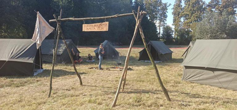 Read more about the article Pokazni logor na Žirovinskom spravišću